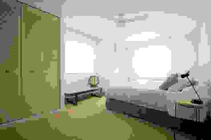 Dormitorio principal fic arquitectos Dormitorios de estilo mediterráneo Verde