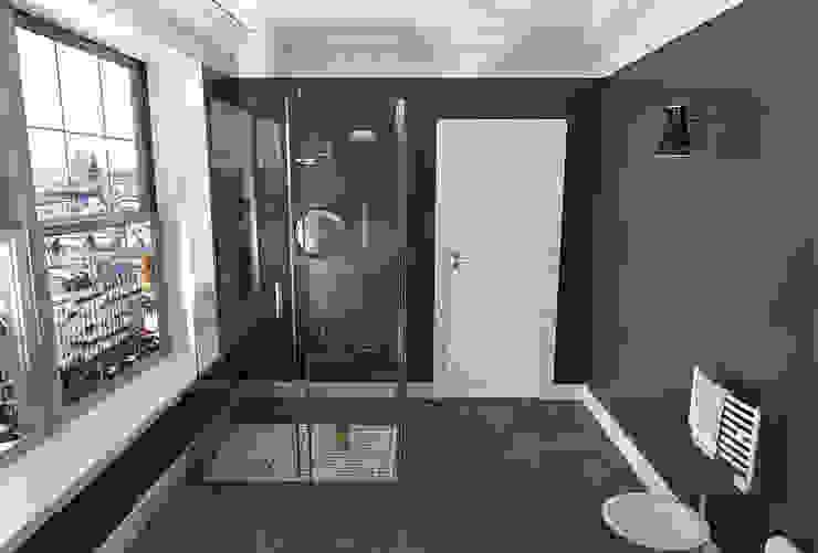 Alessandro Chessa Salle de bain minimaliste