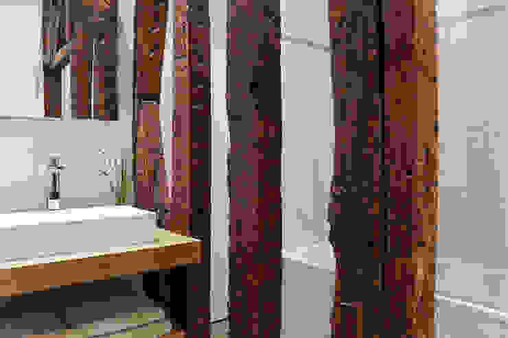 Lichelle Silvestry Interiors Baños de estilo moderno