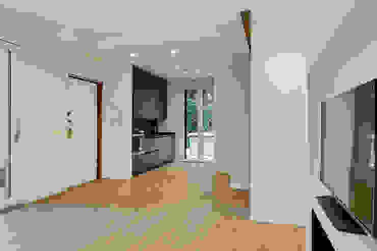 Open Space Cucina moderna di Yome - your tailored home Moderno