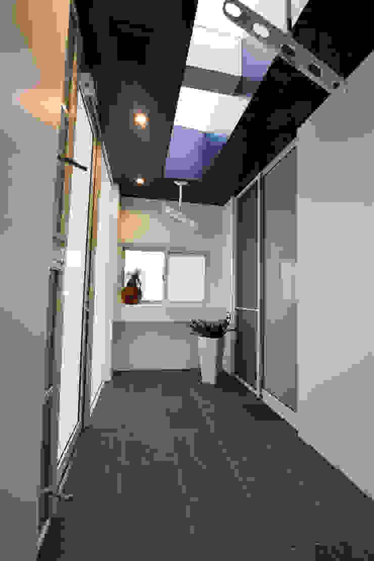 室内物干場 Style Create モダンスタイルの 温室