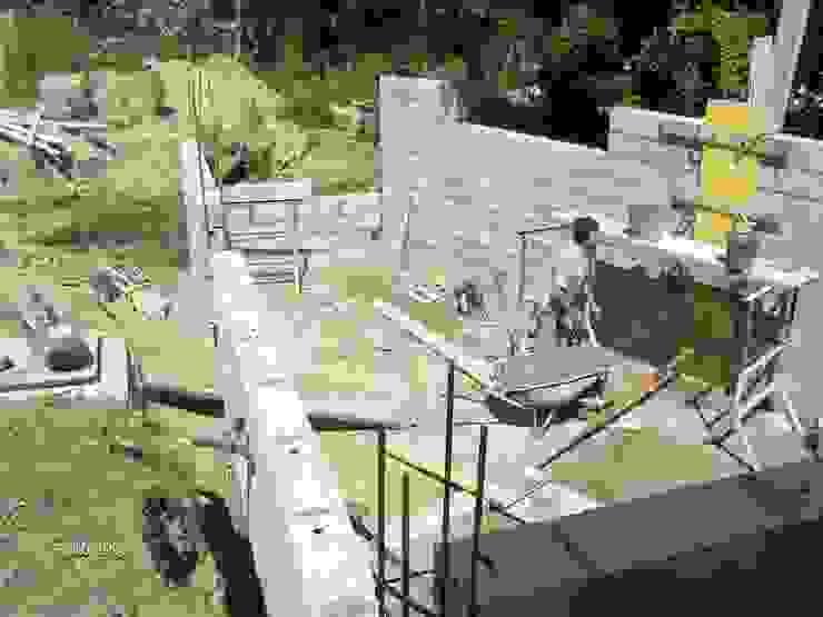Renato Fernandes - arquitetura Piscinas de jardín Ladrillos Blanco