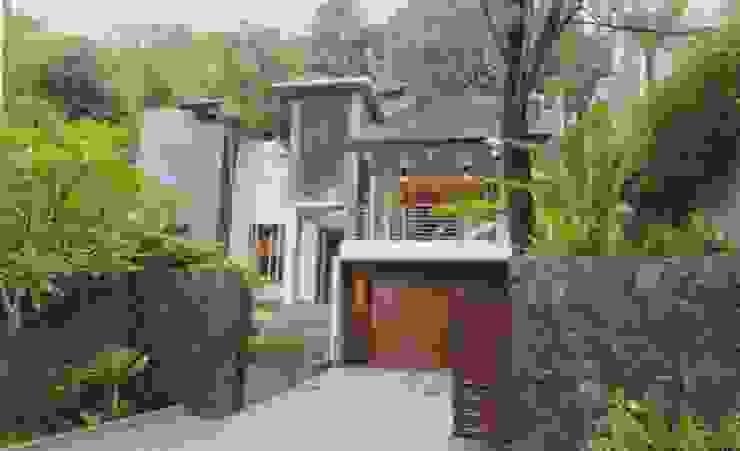CNR Residence BAMA Rumah Tropis