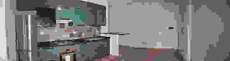 Appartamento Roma zona Appio/Tuscolano, Santa Maria Ausiliatrice Ma.Ni. Ristrutturazioni Cucina attrezzata MDF Blu