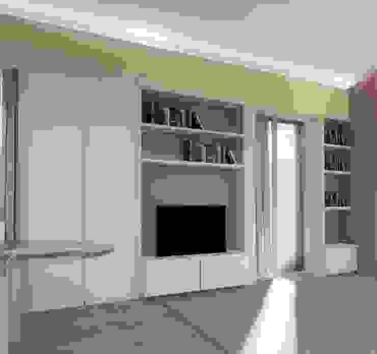 MOBILE SOGGIORNO ROBERTA DANISI architetto Soggiorno moderno Bianco