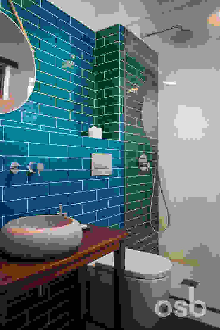 baño principal osb arquitectos Baños de estilo rústico Turquesa