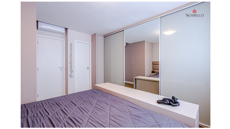 Sgabello Interiores BedroomWardrobes & closets MDF White