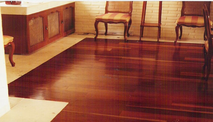 ARQUITECTURA Y MADERA DM Floors