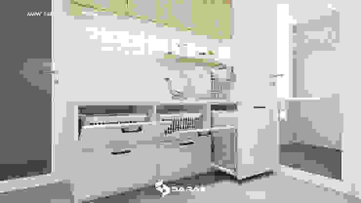 SARAÈ Interior Design Vestíbulos, pasillos y escalerasAlmacenamiento
