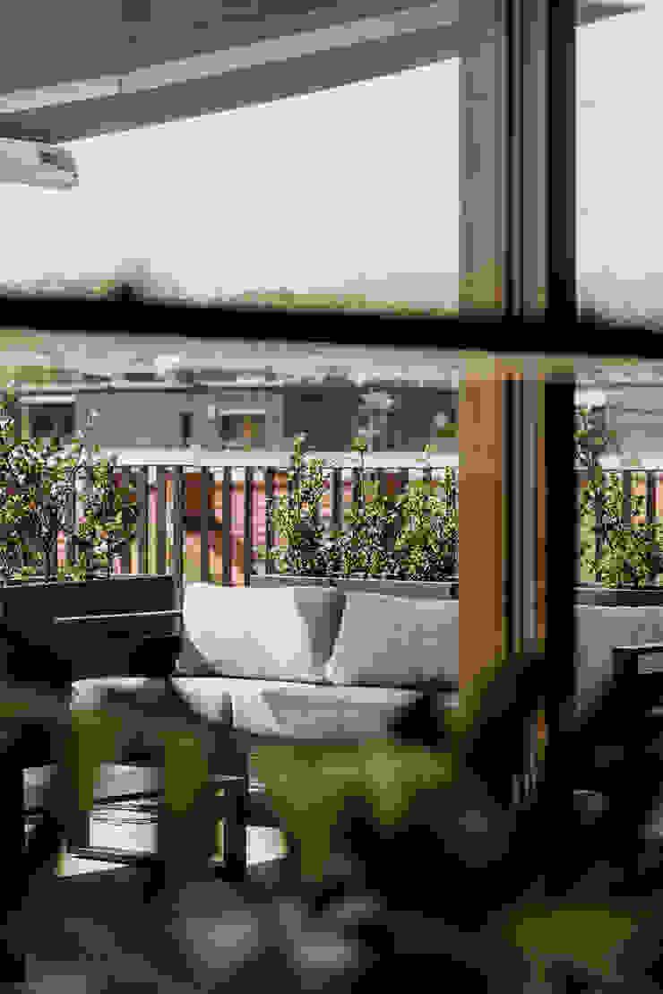 Deco Nova Balcones y terrazas de estilo moderno