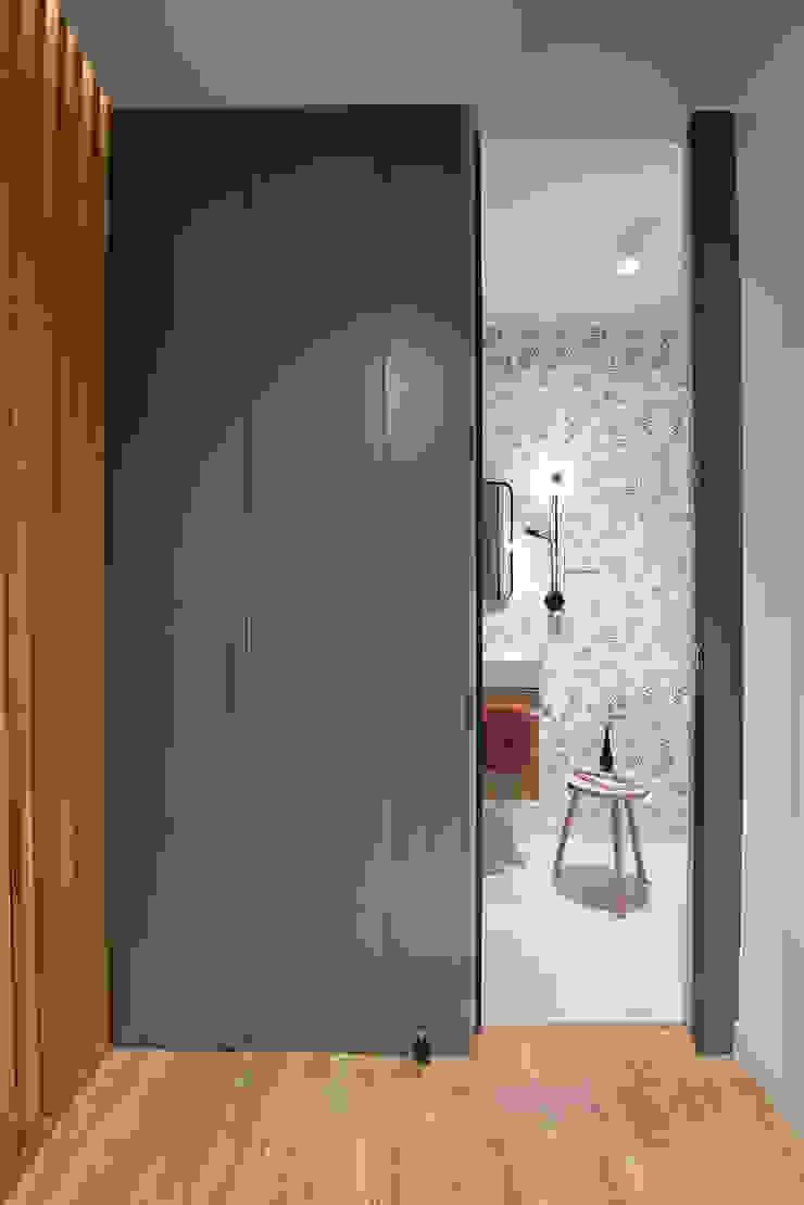 Egue y Seta Mediterranean style bathrooms