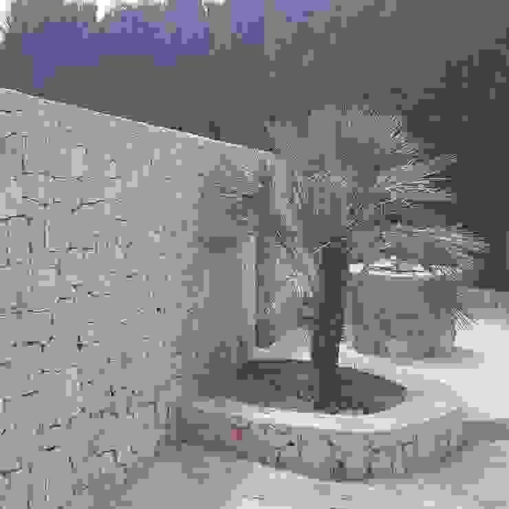 Hemme & Cortell Construcciones S.L. Giardino roccioso Pietra Beige