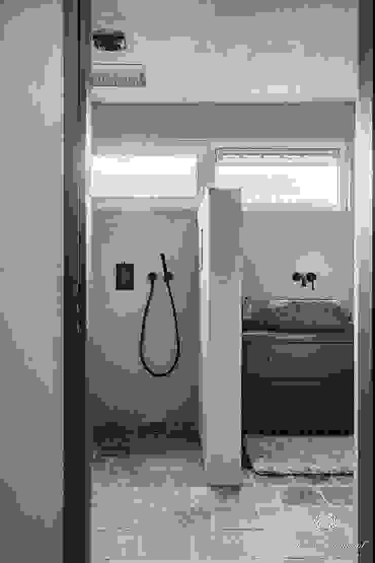 Pure & Original Salle de bain rurale Gris