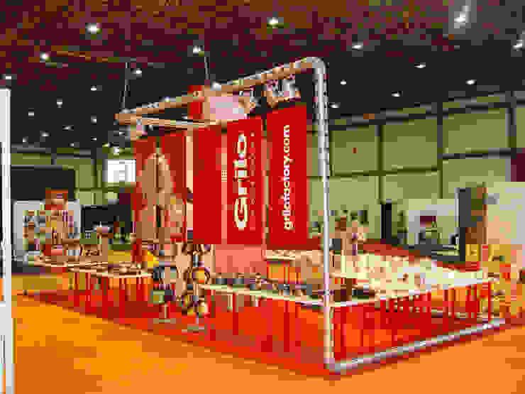 Renato Fernandes - arquitetura Espacios comerciales de estilo industrial