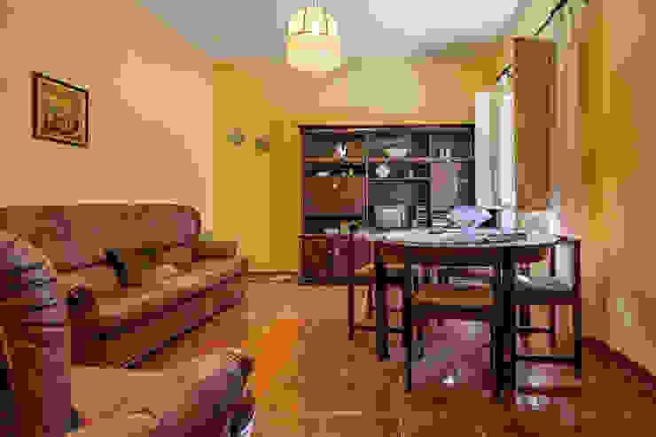 Janine Martins - Consultora Imobiliária | Arquitecta | Home Staging Ruang Makan Gaya Rustic