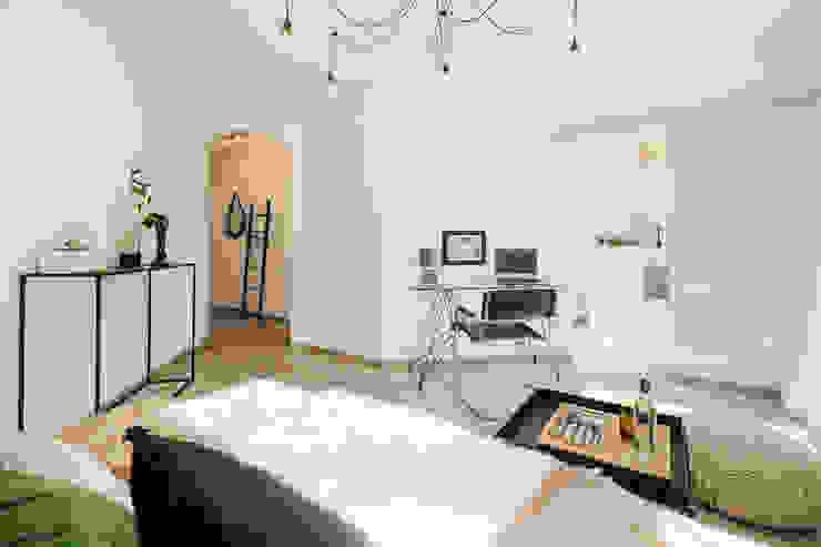 Cornelia Augustin Home Staging Ruang Keluarga Modern