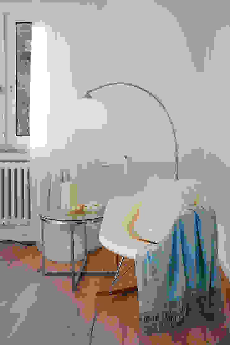 Cornelia Augustin Home Staging カントリースタイルの 寝室