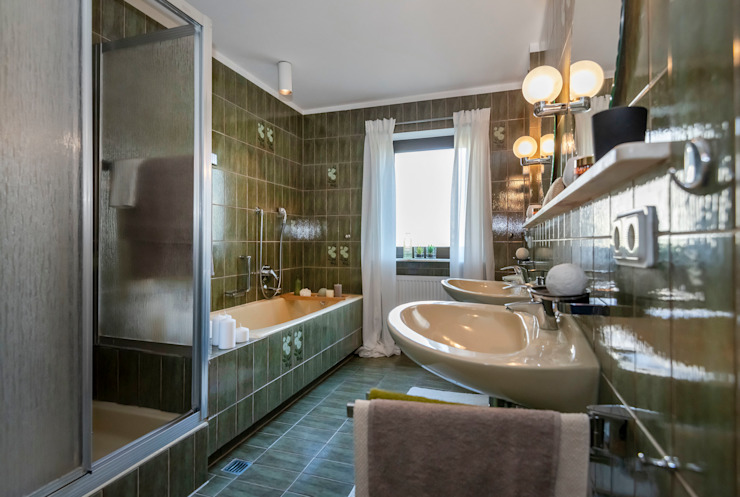 Cornelia Augustin Home Staging Classic style bathroom