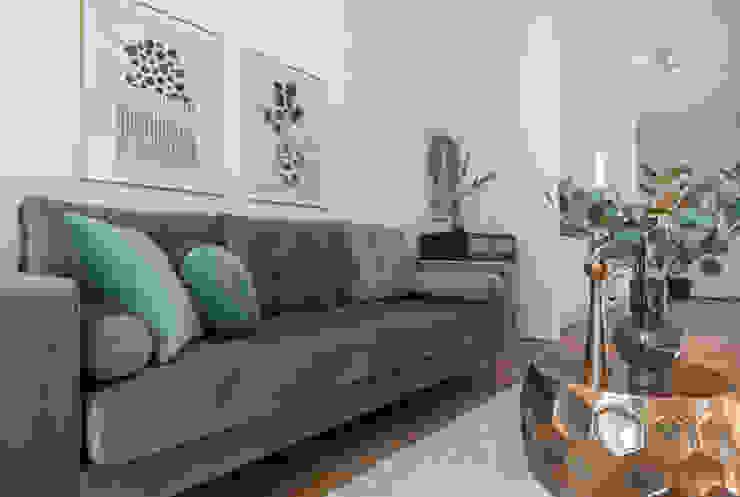 Cornelia Augustin Home Staging Salones de estilo moderno