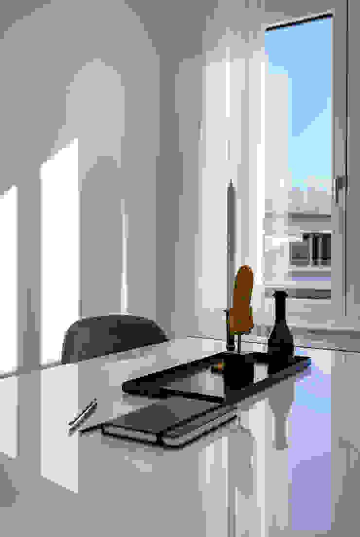 Cornelia Augustin Home Staging Estudios y despachos de estilo moderno