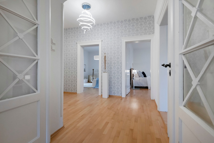 Cornelia Augustin Home Staging Koridor & Tangga Klasik