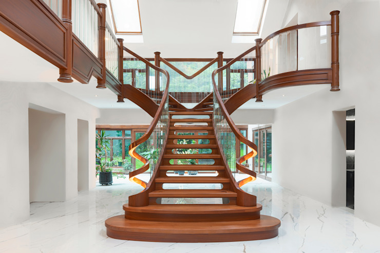 Curved staircase front view Dan Wray Photography Stairs Wood Wood effect