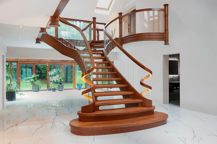 Curved staircase front side view Dan Wray Photography Stairs Wood Wood effect