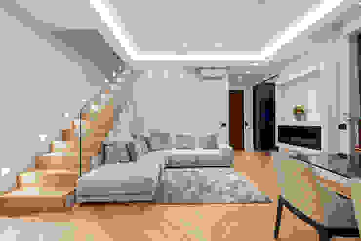 Armonie di Materia Yome - your tailored home Soggiorno eclettico