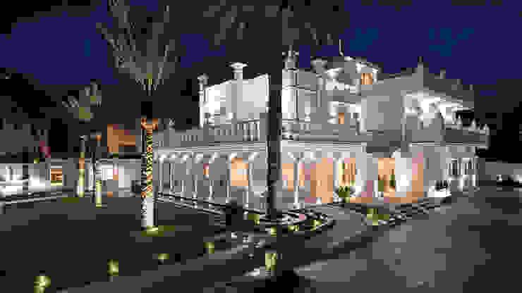 Iluminación de fachada y jardines Techluz Iluminación Hoteles de estilo colonial