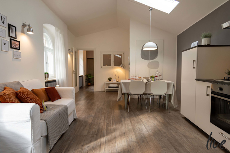 LIVE HOME STAGING & REDESIGN Minimalist dining room Wood