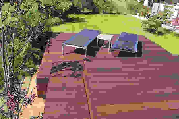 Eden B.V. Modern style balcony, porch & terrace Wood Brown