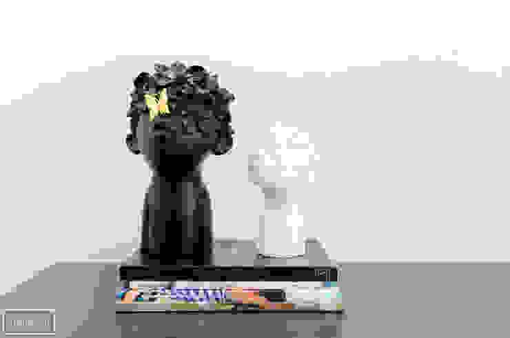 Theunissen Staging y Decoración SL Living roomAccessories & decoration Plastik Black