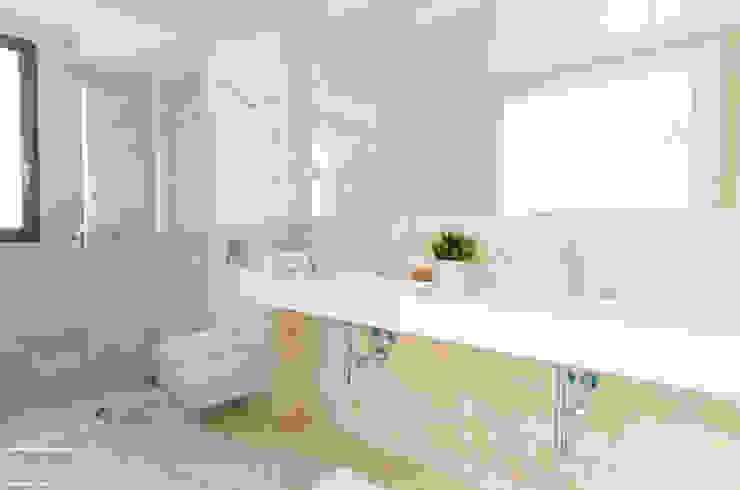 Theunissen Staging y Decoración SL BathroomSinks Marmer Beige
