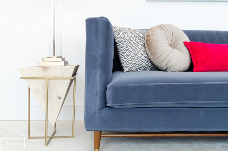 Theunissen Staging y Decoración SL Living roomSide tables & trays Parket Brown