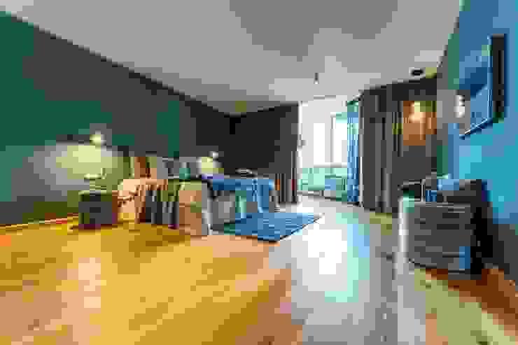 Münchner home staging Agentur GESCHKA Dormitorios modernos Azul