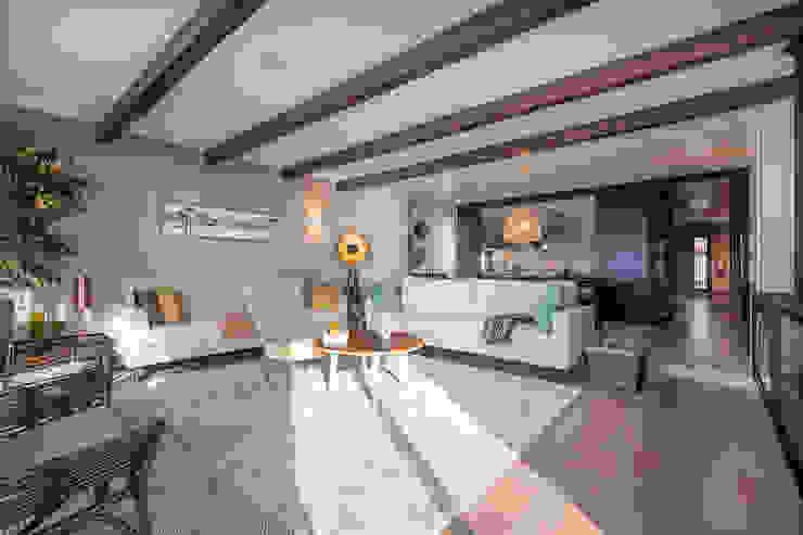 ShiStudio Interior Design Salas de estilo moderno