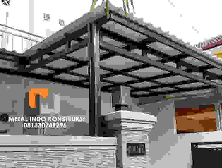 Bengkel Las Nganjuk dan Pasang Plafon & Kanopi Nganjuk Metal Indo Konstruksi Garages & sheds Aluminium/Seng Grey