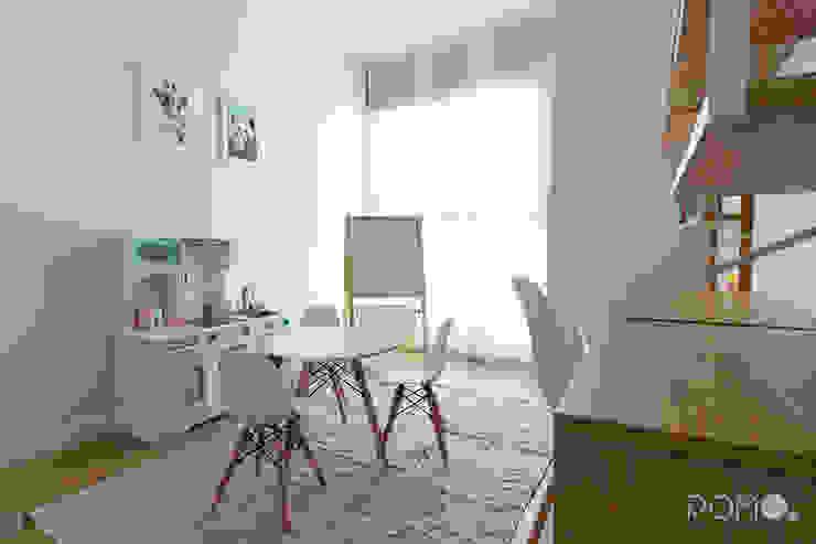 Decoración de Interiores - Habitación de juegos POMO. Home Staging & Design Studio Dormitorios infantiles de estilo escandinavo