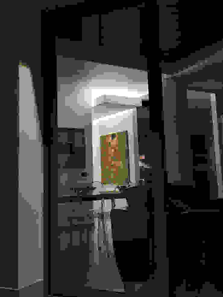 from outside MEF Architect Glazen deuren Hout Zwart