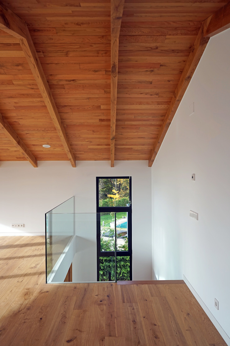 AD+ arquitectura Modern study/office Wood Brown