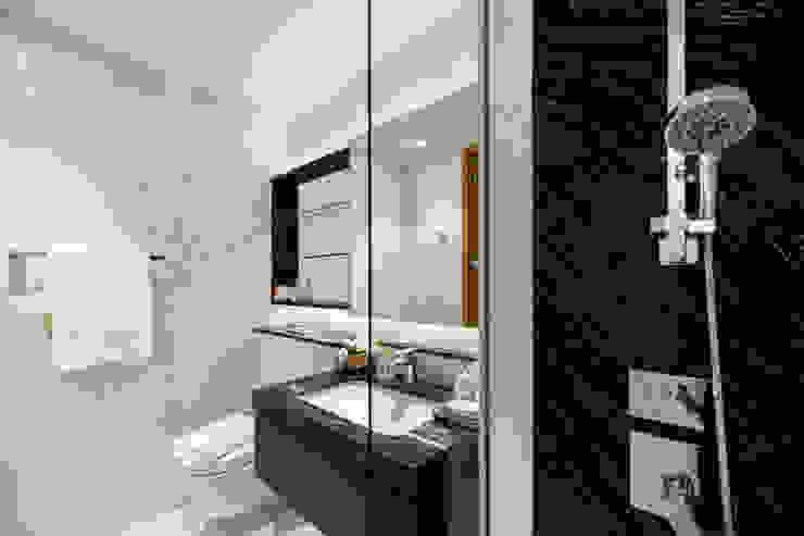 Mr Shopper Studio Pte Ltd Modern bathroom