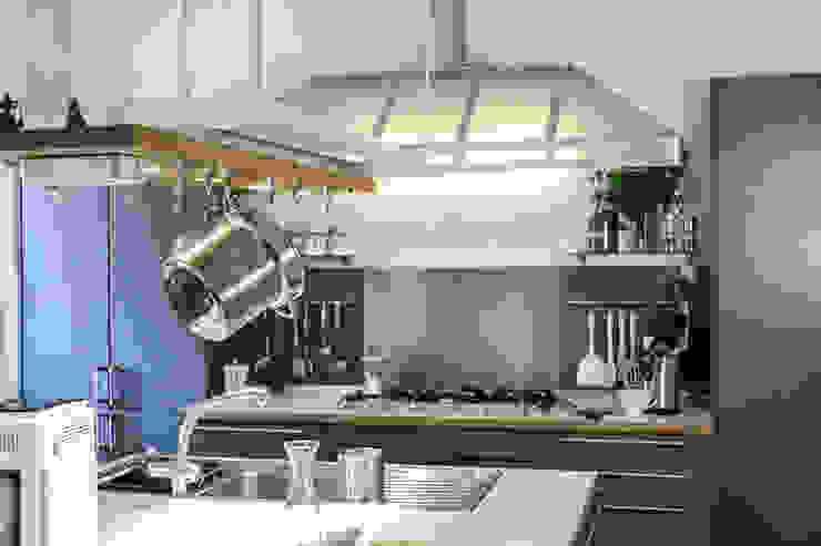 vista verso zona cottura Luisa Olgiati Cucina attrezzata