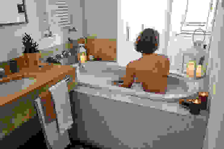 stanza da bagno _ zona vasca Luisa Olgiati Bagno moderno
