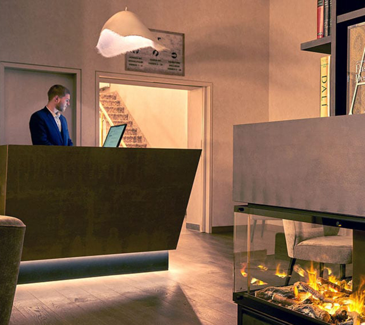 Accoglienza _ Bancone Reception Luisa Olgiati Hotel moderni