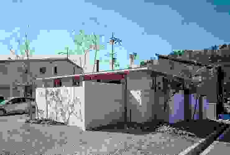 藤原・室 建築設計事務所 Single family home Concrete Grey