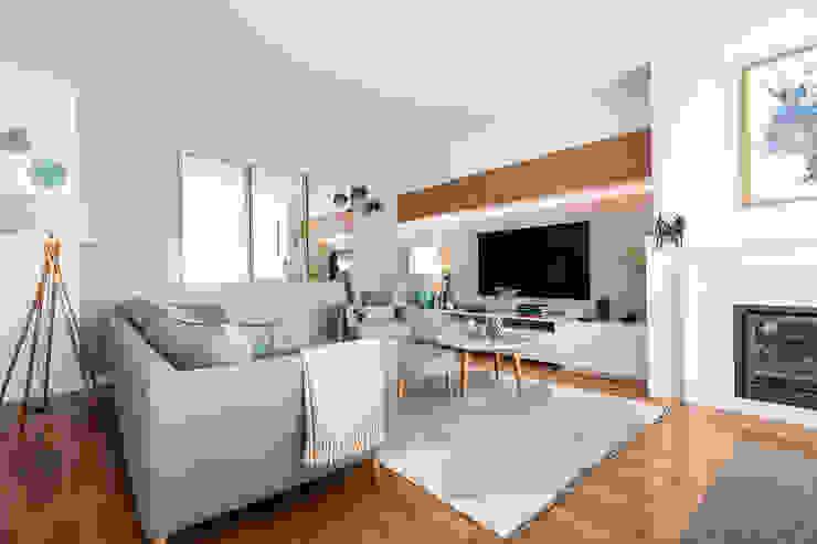 Sala de estar - Apartamento no Campo Alegre - SHI Studio Interior Design ShiStudio Interior Design Salas de estar minimalistas