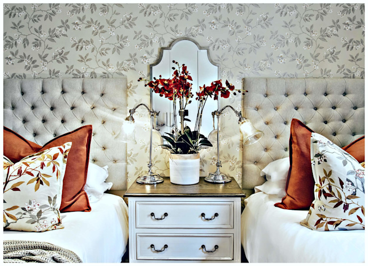 Joseph Avnon Interiors Classic style bedroom