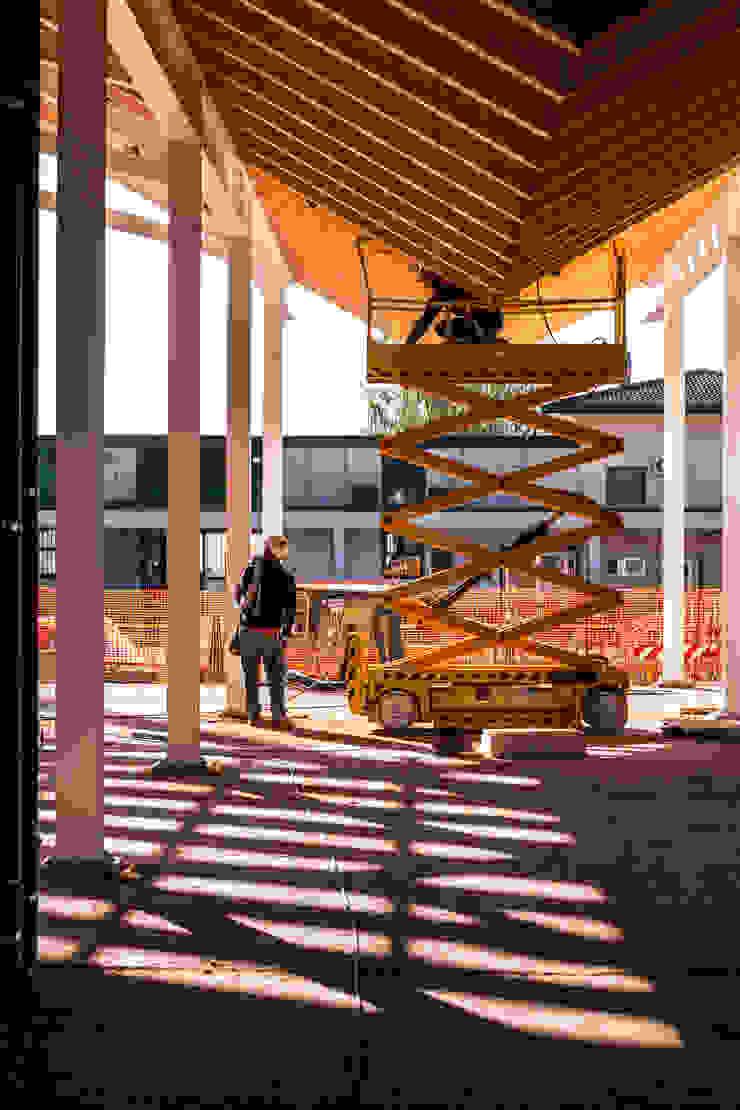 VCR RESEARCH CENTER - CANTIERE Elia Falaschi Fotografo Complesso d'uffici moderni