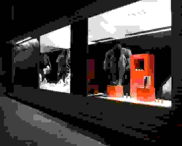 MANUEL TORRES DESIGN Commercial Spaces Concrete Black