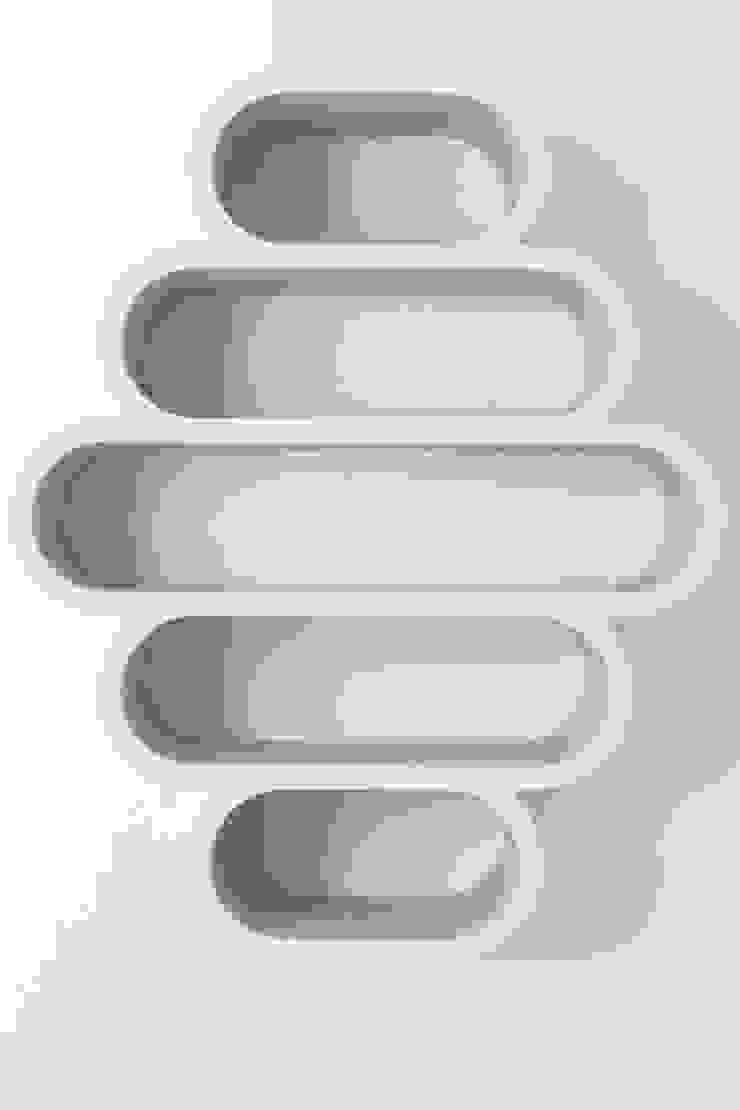 Dutch Duo Design Ingresso, Corridoio & ScalePortabiti & Guardaroba Legno Effetto legno